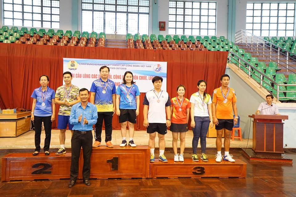 Đội Cầu lông CĐCS Cục Thống kê tham gia Giải Cầu lông các lứa tuổi và Công nhân, viên chức, lao động, lực lượng vũ trang tỉnh Tiền Giang năm 2018