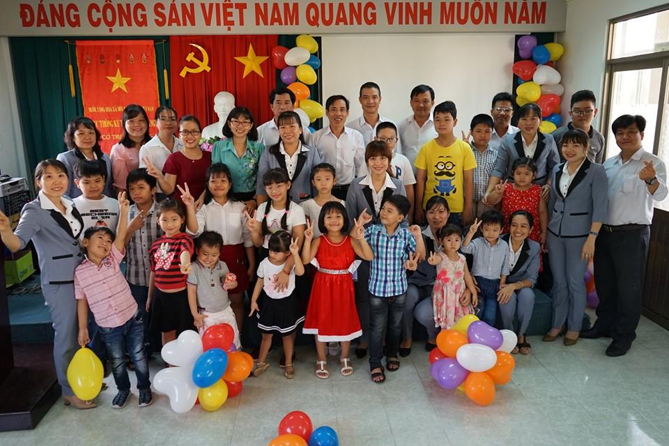 Lễ tuyên dương, khen thưởng các cháu học sinh giỏi nhân dịp Quốc tế thiếu nhi 1/6 năm 2019