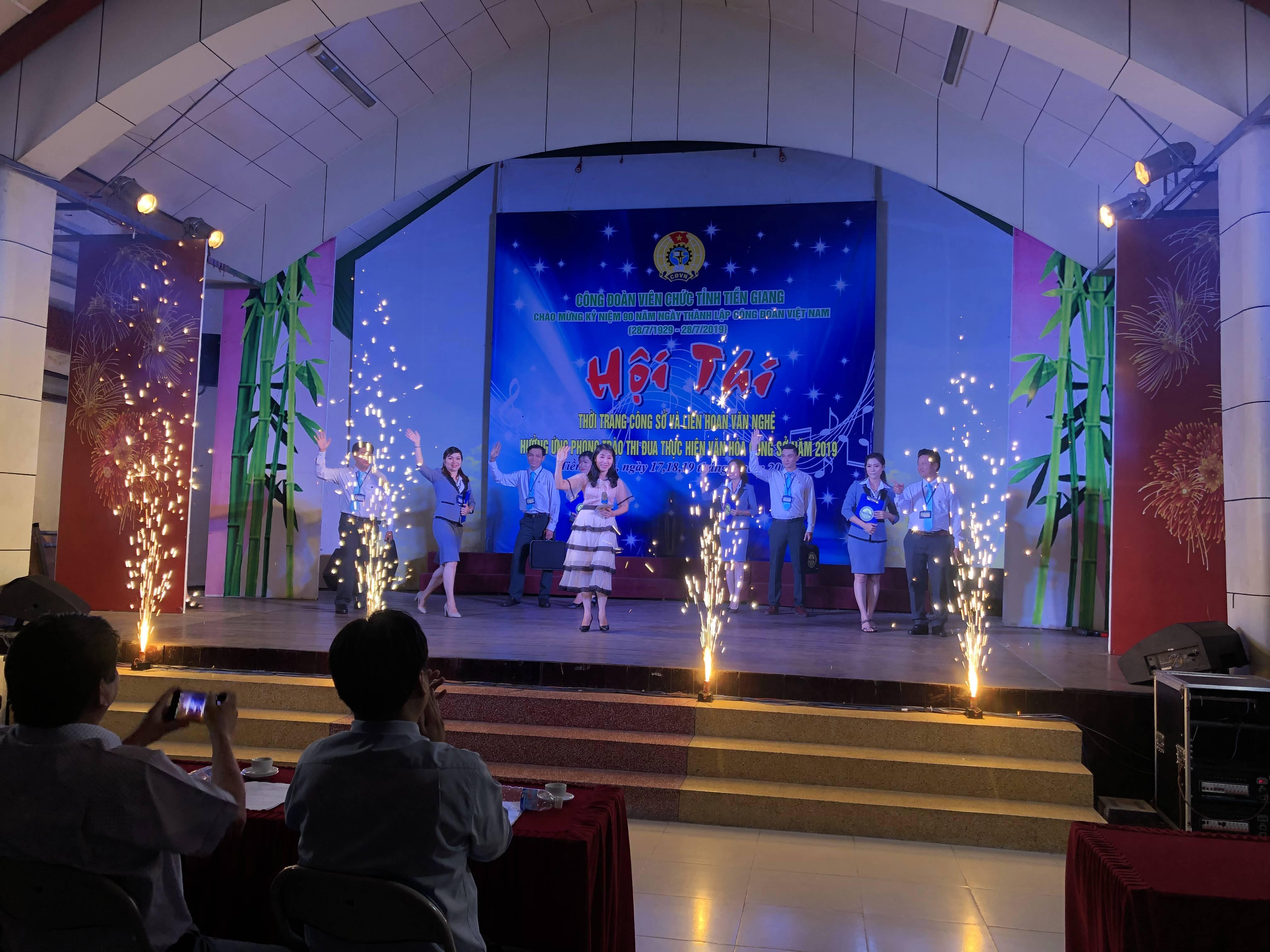 Công đoàn cơ cở Cục Thống kê Tiền Giang tham gia  Hội Thi Thời Trang Công Sở và Liên Hoan Văn Nghệ năm 2019