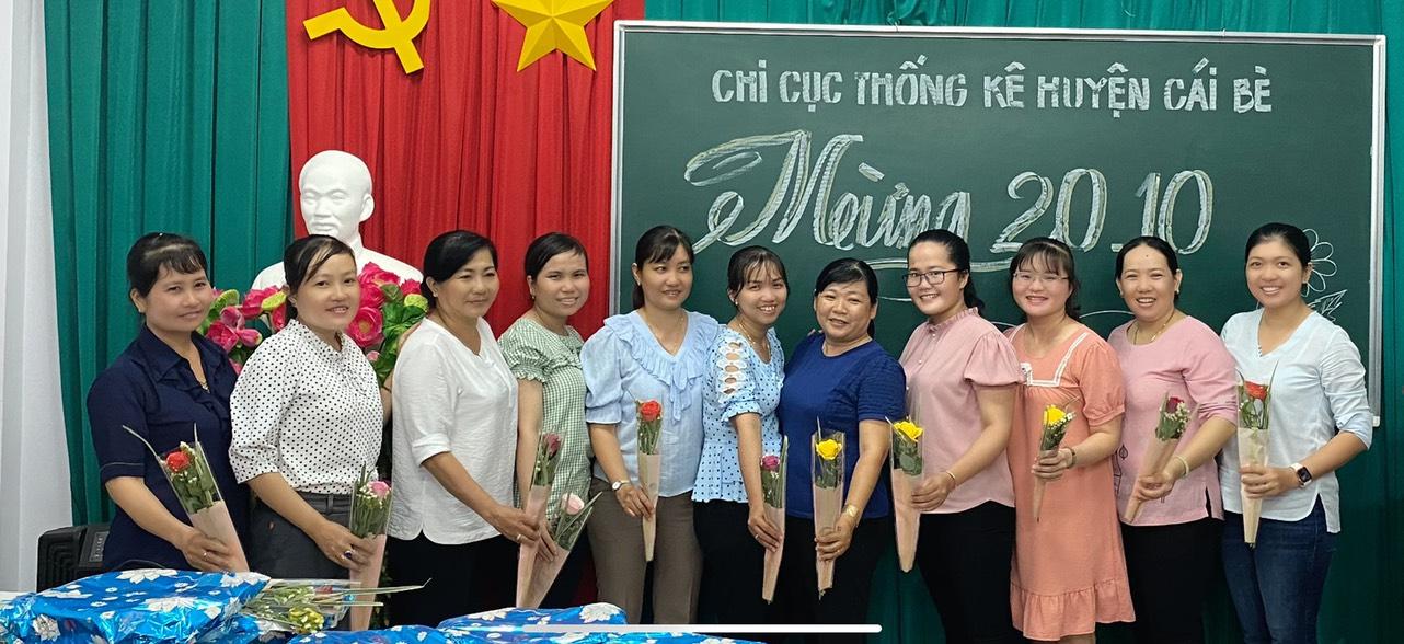 Chi cục Thống kê huyện Cái Bè họp mặt kỷ niệm 90 năm Ngày thành lập Hội Liên hiệp Phụ nữ Việt Nam (20/10/1930 - 20/10/2020)